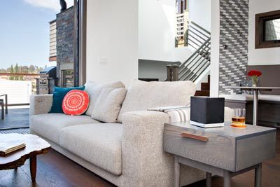 W7 speaker Living Room