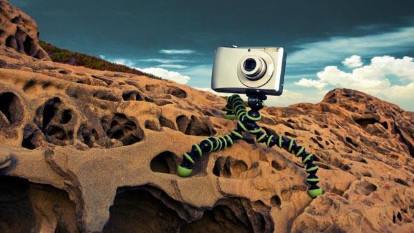 Joby Gorilla Pod on Mars-like surface