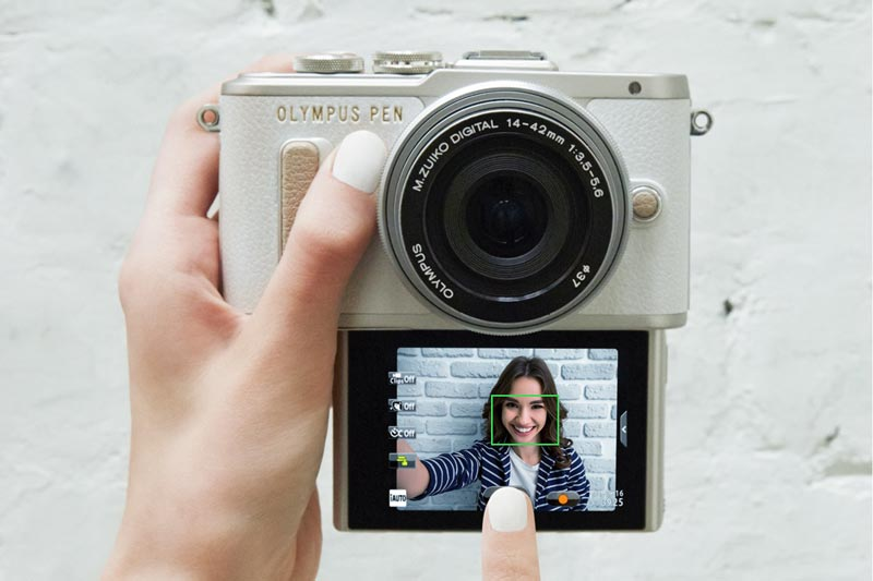 Image of Olympus E-PL8 used to take selfie