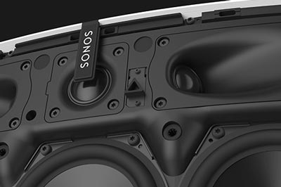 Superior stereo sound. Image of the Play:5 driver array.