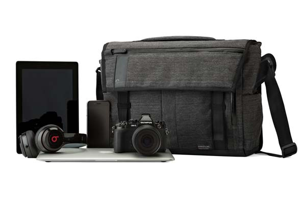 image of Lowepro Streetline BP250 in urban setting